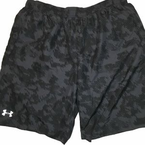 Under Armour Shorts Size XL